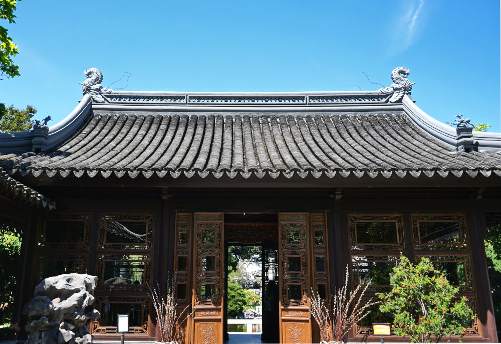 The Complete Guide to Portland Gardens | Lan Su Chinese Garden