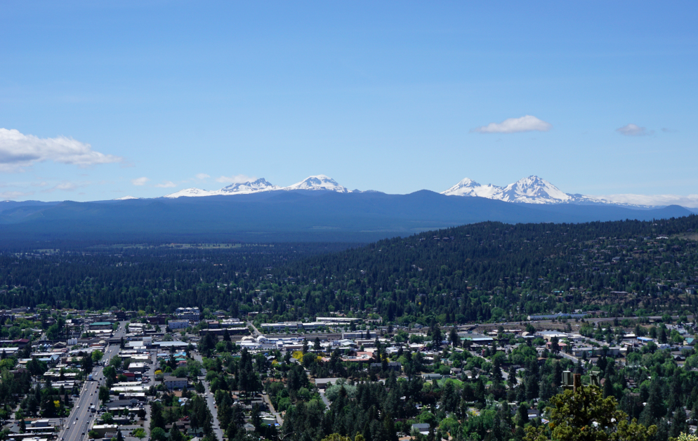Pilot Butte viewpoint | things to do with kids in Bend Oregon
