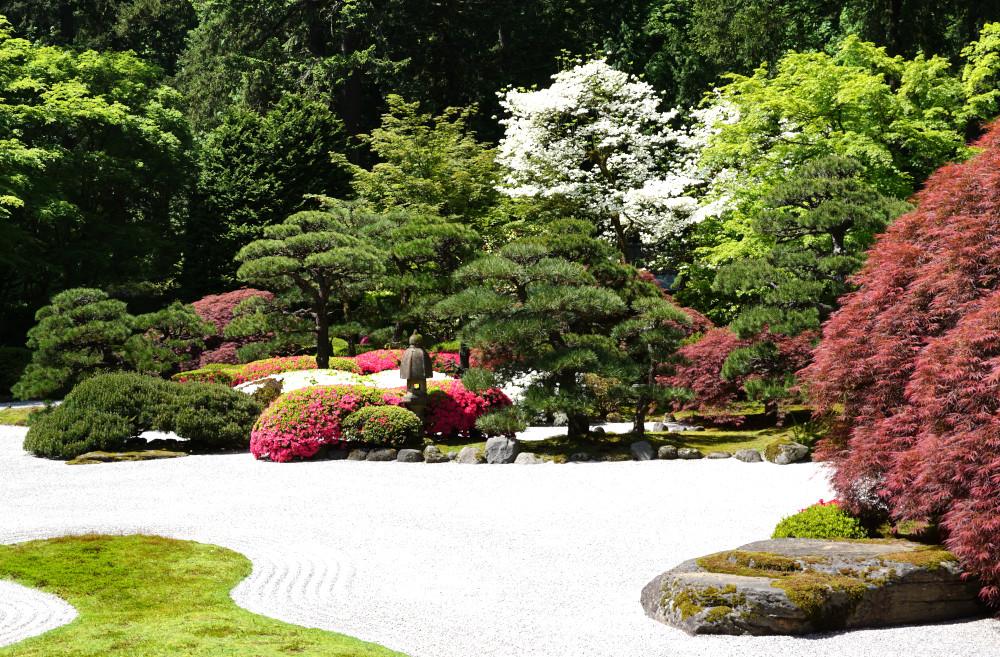 The Complete Guide to Portland Gardens | Portland Japanese Garden Flat Garden