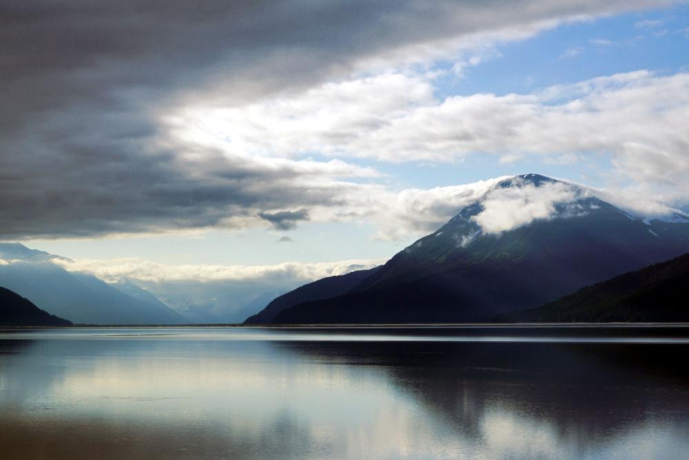 Turnagain Arm Alaska | day trips from Anchorage Alaska